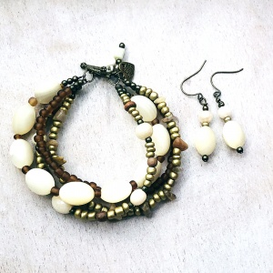 Shell, Glass and Cat's Eye Quadruple Strand Bracelet & Earrings
